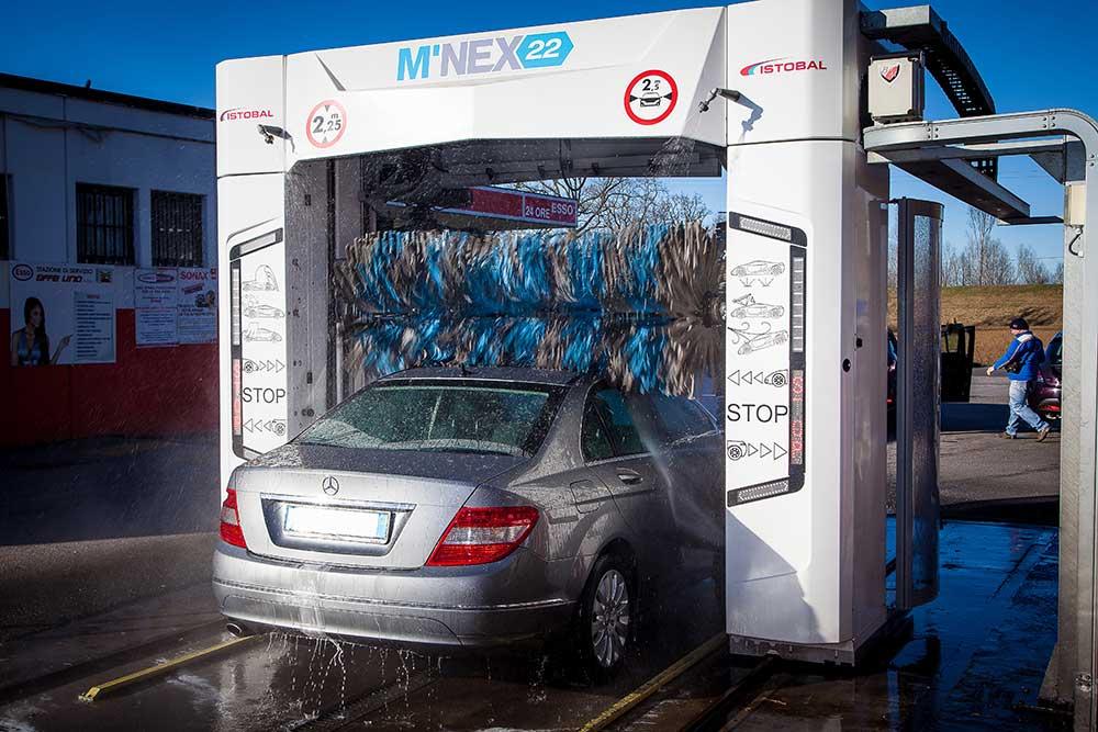 stazione di servizio effeuno, dove lavare la macchina a modena, autolavaggio provincia di modena